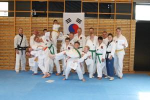 taekwondo graduering april 2015 180